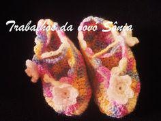 Trabalhos da vovó Sônia: Sapatinho de bebê boneca flor - crochê