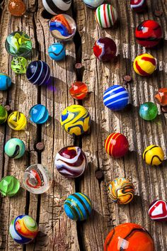 Marbles On Wooden Board by Garry Gay - Marble - Art Texture, Marble Art, Glass Marbles, Glass Paperweights, Glass Ball, Old Toys, Colored Glass, Rainbow Colors, Vintage Toys