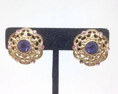Gorgeous 1928 Blue Rhinestone Gold Tone Clip Earrings