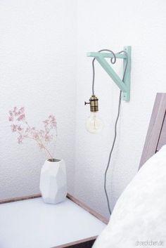 DIY | Lampe mit Holzrahmen, Textilkabel und Glühbirne - schönes Licht im Vintage-Stil › dreieckchen - Lifestyle Blog zu den Themen Food Healthy Living, DIY & Interieur und Baby
