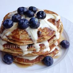 Clean Eating: lemon blueberry protein pancakes!  Low carb or no carb diet?  NO thanks!!!!  Info on IG | corinanielsen