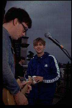 Blur rooftop performance at 363 Oxford Street, London, 1995