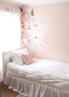 Sweet & Feminine Tween Girl bedroom space- kids bedrooms- girl bedrooms- flower wall decals- white ruffled bedding- pink room- home design- home decor- wall decor ideas- bedroom decor ideas- wh Feminine Bedroom, Trendy Bedroom, Teen Bedding, Pink Bedding, Luxury Bedding, Wall Decals For Bedroom, Bedroom Decor, Wall Decor, Bedroom Ideas