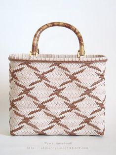 エコクラフト・紙バンド:波鶴網代のバッグ