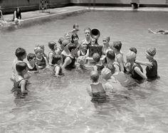 "July Washington, D. ""Radio at Wardman Park Hotel pool"" -- 85 years ago today. Antique Photos, Vintage Photographs, Old Photos, Vintage Photos, Hotel Pool, Park Hotel, Synchronized Swimming, Swimming Pools, Radios"