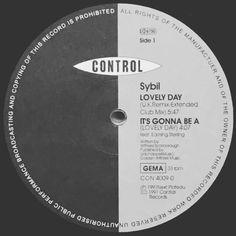 つ SYBIL - LOVELY DAY ベースがウネウネしてるビルウィザーズのカバーです()イイ!! #sybil #lovelyday #billwithers #groundbeat #rnb #アナログ #レコード #vinyl #music #musica #instamusic #instamusica #sound #instasound #12inch #ilovevinyl #vinylcollection #vinyljunkie #vinylcollector #vinylgram #vinyloftheday #instavinyl #lp #record #randb #vinyllover #musiclover #downtempo #カバー曲が大好きです