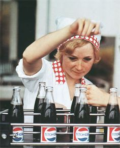 Pepsi bottling in the USSR Cola Wars, Coca Cola Poster, Pepsi Logo, Burger Places, Retro Diner, Free Frames, Soda Fountain, Rockabilly Fashion, Pin Up Style