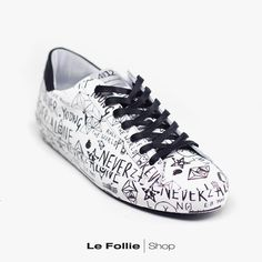 Sneakers Quattrobarradodici White/black Spring Summer 2018, Front Row, Louis Vuitton, Sneakers, Shopping, Shoes, Black, Fashion, Tennis