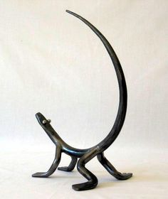 Hand forged steel lizard by Australian Artist