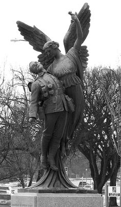 "The Canadian Pacific Railroad commissioned three statues, called ""Winged Angel"", from Montreal Sculptor Coeur de Lion MacCarthy, to commemorate the 1,116 employees it lost in WWI. Statues were unveiled in 1922 in Winnipeg, Montréal and Vancouver."