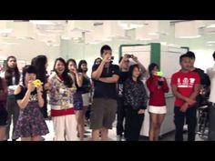 (coke code 190) 싱가폴에서 촬영한 'The Coca-Cola Surprise!' 영상입니다! PSY의 강남스타일과 코카-콜라가 싱가폴에서 만났네요! 신나는 불금에 딱 어울리는 영상이죠? ^^