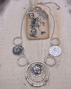 $16.00 Hammered Round Circle Necklaces Set Worn Silver by JanysJewelryBox