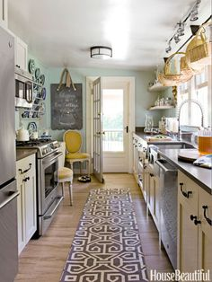 Kitchen Makeover--love the colors! mint, mustard, deep turquoise!