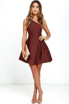 Our obsession with the Unconditional Love Burgundy One Shoulder Skater Dress knows no bounds! Flattering princess seams lay below a rounded one shoulder neckline and open back, while a full skater skirt flares from a fitted waist. Hidden side zipper with clasp.