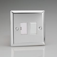 Mirror Chrome 13A Switched Fused Spur with White Inserts D/Pole switching Bevelled edge face plate Dimensions 91x91x30mm Fits on a standard 25mm box Holds a standard 25x6mm fuse Replaceable 13A fuse included BS1363-4 – BRITISH MADE