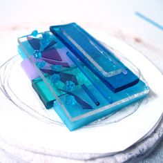 Kiln Fused Glass Tutor - Stevie Davies: Layers of raw glass before firing