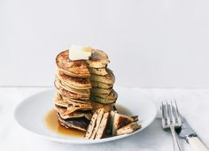 30 Great Recipes for a Healthier 2014: 2 Ongredient Healthy Pancakes by Top With Cinnamon