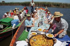 Paella & sangria workshop at traditional barraca followed by a delicious lunch on the Albufura lake in Valencia's natural reserve.