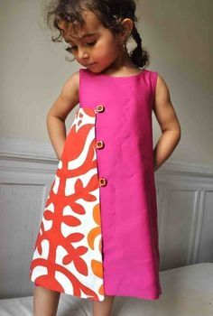 two toned dress - PDF pattern The magical wrap dress to por ManiMina en Etsy - make adult size Little Dresses, Little Girl Dresses, Girls Dresses, Sewing For Kids, Baby Sewing, Sewing Ideas, Clothing Patterns, Dress Patterns, Kids Clothing