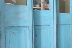 Love the layered/weathered look of the screens  Miss Kopy Kat: A Homemade Chalk Recipe To Try