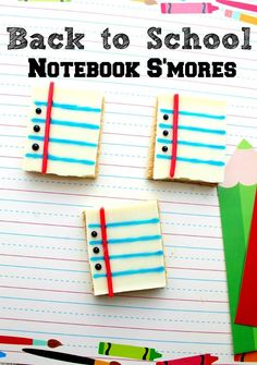 Delish! Look at these EASY Back to School Treats - Notebook Paper S'mores recipe - who would've thought these could be so simple?! Perfect for my kid's classroom!