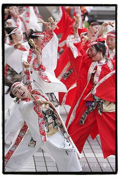 Yosakoi Odakkui 2008 by hashiee, via Flickr #yosakoi, #よさこい