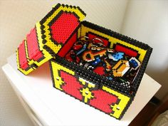 Legend of Zelda treasure box perler beads Perler Bead Designs, Pearler Bead Patterns, Diy Perler Beads, Perler Bead Art, Perler Patterns, Pearler Beads, Fuse Beads, Pixel Beads, Beaded Boxes