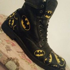 Mens batman boots..have yours revamped by Shoobopaloolar