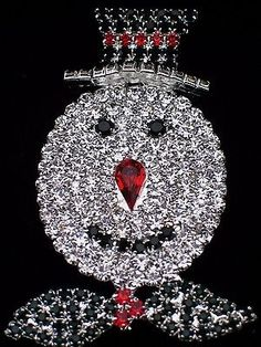 Silver prong set Christmas winter Frosty the Snowman Pin Brooch.