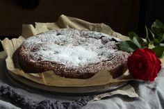 Brownie med bringebærbomber • Gluten- og Melkefri Inspirasjon Brownies, Cake, Desserts, Food, Cake Brownies, Tailgate Desserts, Deserts, Kuchen, Essen