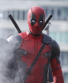 New DEADPOOL Set Footage And Awesome Photos Capture Ryan Reynolds Masked And In Action