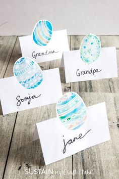 Adorable watercolor Easter place cards - free printable place cards