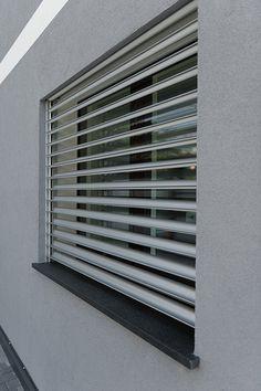 Dettaglio finestra esterna 2