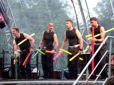 filmpje met muziek van boomwrackers ▶ PERCOSSA - rebels of rhythm - YouTube