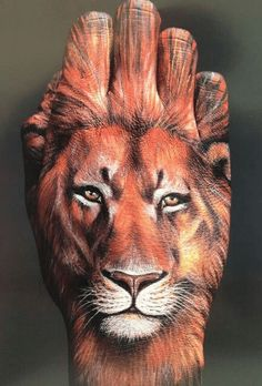 Realistic Lion Tattoos for Hand Placement Hand Tattoos, Tattoo Motive, Cool Tattoos, Lion Tattoo Meaning, Tattoos With Meaning, Lion Tattoo Design, Tattoo Designs, Tattoo Studio, Art