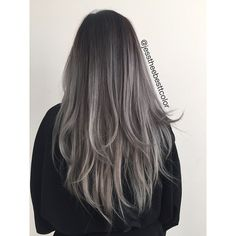 Black-grey ombre                                                                                                                                                      Mais