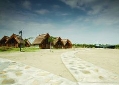 Dolphin Camping is set in a picturesque area of the Danube Delta Reserve less than Dolphin Camping Sfântu Gheorghe Romania R:Tulcea hotel Hotels Green Dolphin, Danube Delta, Romania, Dolphins, Places To Go, Sidewalk, Cottage, Camping, Adventure