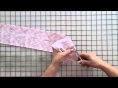 Quick Points Scallop Ruler Demonstration - Fat Quarter Shop - YouTube