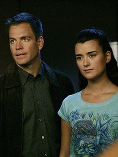 TONY DINOZZO (MICHAEL WEATHERLY) AND ZIVA DAVID (COTE DE PABLO)  NCIS (2003-present)