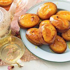 Try our easy to follow mandarin & almond friands recipe. Absolutely delicious with the best ingredients from Woolworths.
