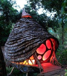 Massage studio- this would be so fun to have a few in my woods!