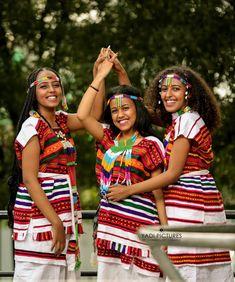 #Oromogirls #Oromopeople #Oromia #oromoisbeautiful Oromo People, Rave, Traditional, Clothes, Style, Fashion, Raves, Outfits, Swag
