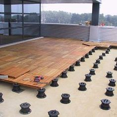 Outdoor Deck Tiles - Structural deck tiles can be used as modular flooring system for any roof deck or hardscape. Terrace Design, Roof Design, Deck Design, Wood Deck Tiles, Deck Tile Ideas, Deck Flooring, Modern Roofing, Roof Deck, Backyard Patio