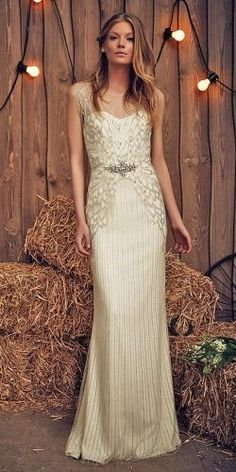 Have you found perfect wedding dress for wedding day? Come check out these wedding dress designers! Rustic Wedding Gowns, Wedding Bride, Top Wedding Dress Designers, Allure Bridal, Formal Dresses For Women, Gorgeous Wedding Dress, Brides And Bridesmaids, Trends, Bridal Collection
