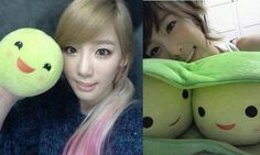 Taeyeon loves her 3 Peas-in-a-Pod plush toy
