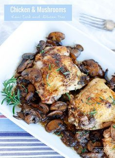 This delicious low carb skillet chicken & mushrooms recipe can be made with any fresh herb! Keto Paleo & Whole 30 friendly! This delicious low carb skillet chicken & mushrooms recipe can be made with any fresh herb! Keto Paleo & Whole 30 friendly! Chicken Mushroom Recipes, Yummy Chicken Recipes, Chicken Mushrooms, Recipes With Chicken Low Carb, Healthy Recipes With Mushrooms, Low Carb Chicken Thigh Recipe, Keto Mushrooms, Ketogenic Recipes, Paleo Recipes