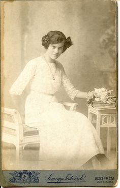 https://flic.kr/p/ez4KyN   Girl in white    Photographer: Somogyi Testvérek (Somogyi Brothers), Veszprém  Cabinet card, around 1900s-1910s. Activity: at Veszprém from c.1896 to c. 1920s.