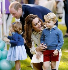 The Royal Family is soon to have another addition! We are tickled pink to hear that Prince William and the Duchess of Cambridge are expecting their third little baby. We are so excited to watch this soon-to-be family of five grow and are eagerly awaiting their next visit to Australia. Any bets on whether it will be another George or a little Charlotte?  #royalbaby #babynews #royalfamily  via FASHION TRENDS on INSTAGRAM -Celebrity  Fashion  Haute Couture  Advertising  Culture  Beauty…