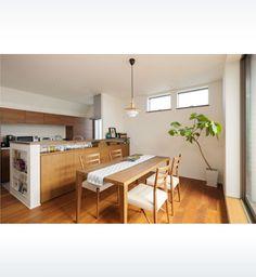 バルコニーと一体の2階リビングで空を眺める暮らしを楽しむ   ヘーベルハウス   ハウスメーカー・住宅メーカー・注文住宅