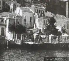1930 lar o zamanlar insanlar evlerinin önlerinde bulunan banyolardan (iskele)balık avlıyorlarmış.Yer Asansör -Karataş arası.